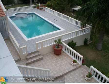 58 W Springfield Jamaica - Photo 14