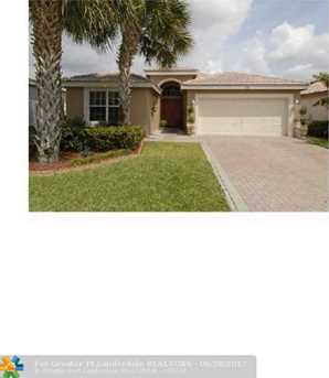11943 Nw 53Rd Ct - Photo 2