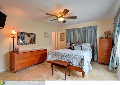 1340 SE 3rd Terrace - Photo 8
