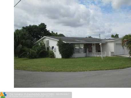 4301 Nw 45Th Ter - Photo 1
