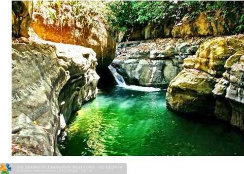 1  Costa Rica - Photo 16