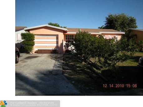 820 Sw 63Rd Ter - Photo 1
