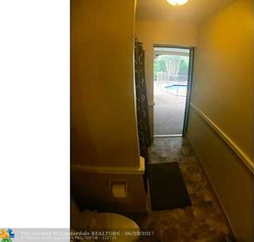 1012 Nw 83Rd Dr - Photo 10