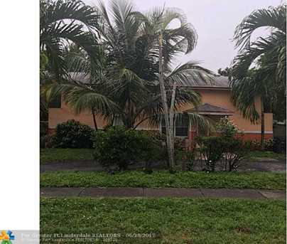 4420 NW 37th St - Photo 1