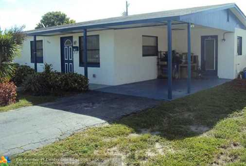 4960 NW 13th St - Photo 2