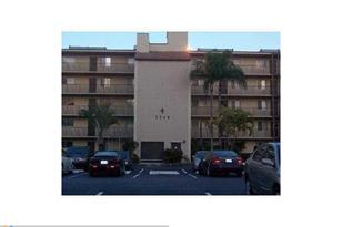 7860 NW 50th St, Unit #304 - Photo 1
