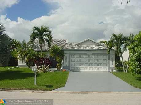 7031 NW 107th Ave - Photo 1