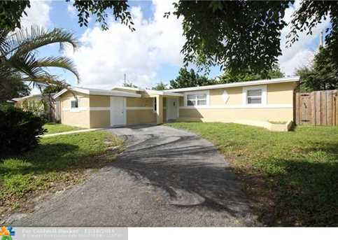 4951 NW 11th Pl - Photo 1