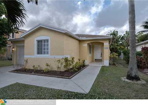 1233 SW 46th Ave - Photo 1