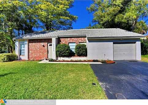 9095 NW 13th Ct - Photo 1