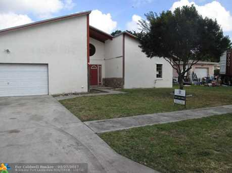 6531 SW 7th Pl - Photo 1
