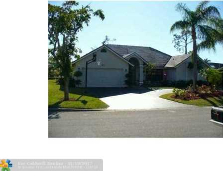 5333 NW 85th Ave - Photo 1