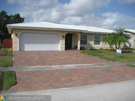 8205 NW 72nd Ave - Photo 1