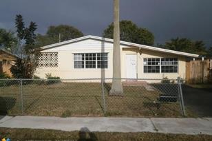 301 NW 66th Ave - Photo 1