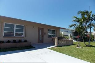 4808 NW 42nd Ave - Photo 1