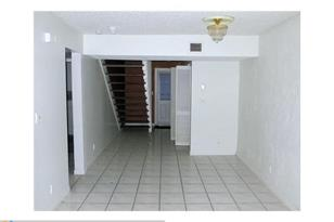 4283 NW 76th Av, Unit #4283 - Photo 1