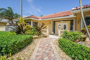 13301 SW 107th Ave - Photo 1