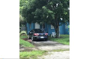 2255 NW 100th St - Photo 1