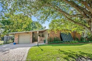 2364 SW 34th Ter - Photo 1