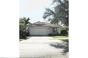 301 SW 190th Ave - Photo 1