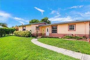 8000 NW 175th St - Photo 1