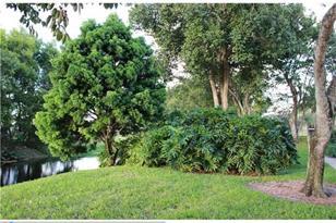 616  Gardens Dr, Unit #202 - Photo 1