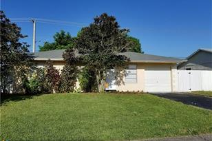 550 SW 81st Ter - Photo 1