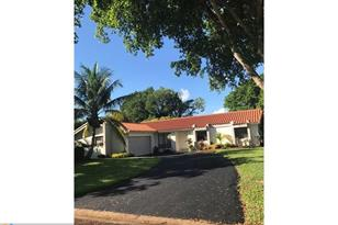 10100 NW 17th St - Photo 1