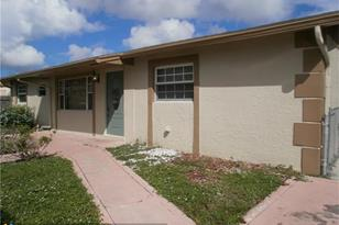 620 NW 3rd Ave - Photo 1