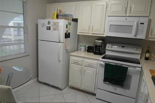 2612  Nassau Bnd, Unit #B2 - Photo 1