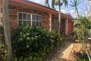 3330 NW 67th St - Photo 1