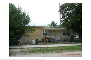 842 NW 25th Ave - Photo 1