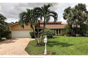 9959 NW 14th Ct - Photo 1