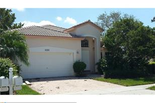 16784 NW 12th Ct - Photo 1