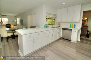 4813 SW 118th Ter - Photo 1