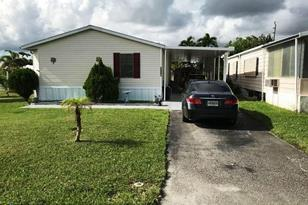 5441 SW Hiacinth Ct - Photo 1
