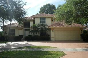 5613 NW 39th Ave - Photo 1