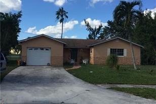 22721 SW 56th Ave - Photo 1