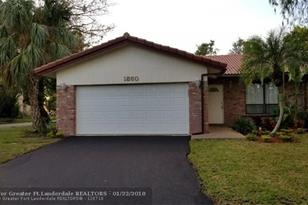 1860 NW 93rd Ter - Photo 1