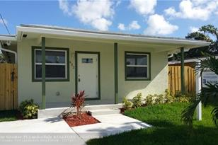 632 NW 15th Ter - Photo 1