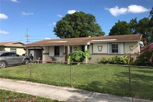 1480 NW 32nd Ave - Photo 1