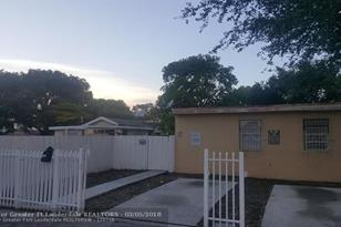 3359 NW 51st St - Photo 1