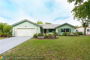 11873 NW 24th St - Photo 1