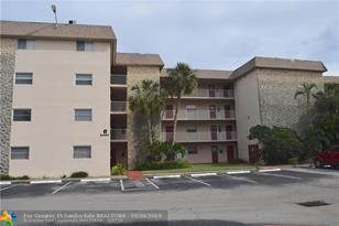 2440 SW 81st Ave, Unit #304 - Photo 1