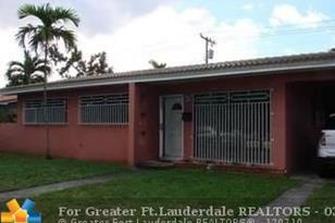 5960 NW 114th St - Photo 1