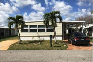1901 SW 83rd Ave - Photo 1