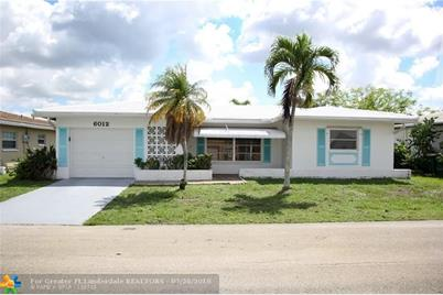 6012 NW 68th Ter - Photo 1