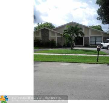 7400 NW 37th Ct - Photo 1