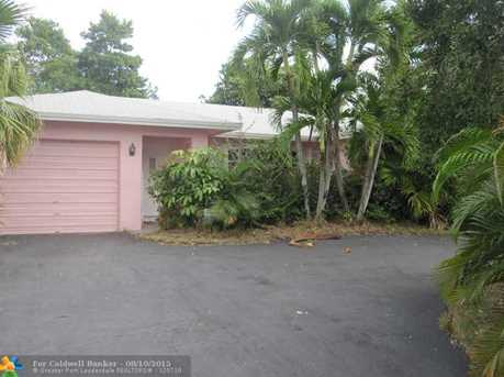 8204 NW 91st Ave - Photo 1