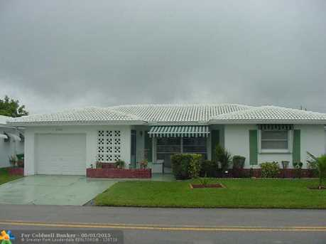 8201 NW 59th Ct - Photo 1